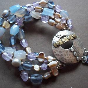 B2223 Silpada Stonecrafter's stretch Bracelet $129